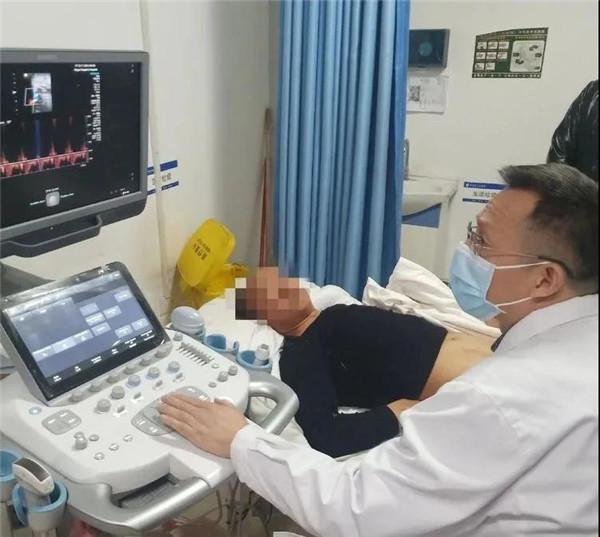 新野县首例超声引导下股动脉假性动脉瘤凝血酶封闭治疗顺利成功