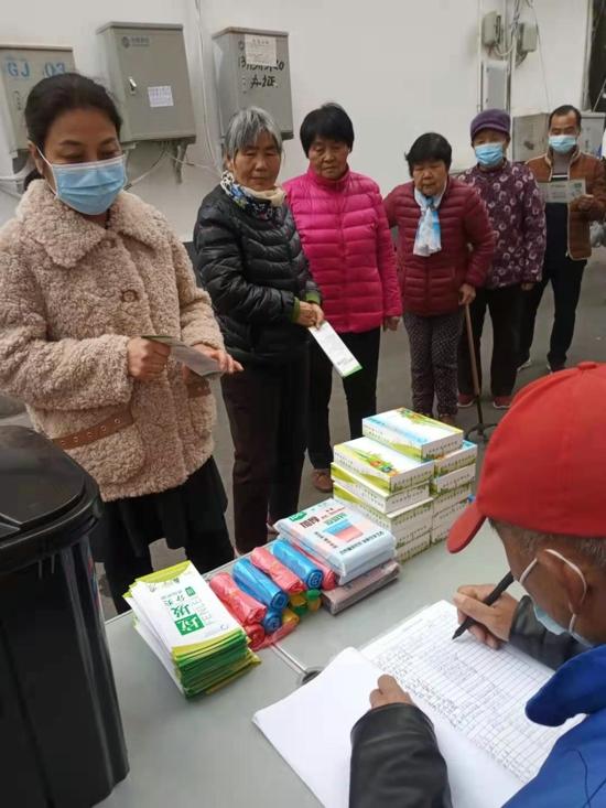 为垃圾分家 给城市减负 河南森贝特联合郑州三官庙街道开展垃圾分类宣传活动