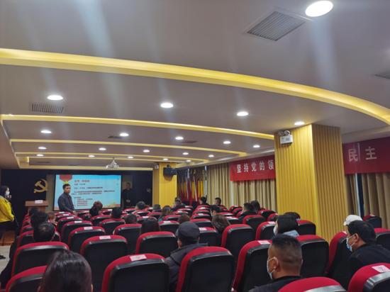 郑州高新区石佛办事处西溪花园社区组织党史宣讲活动