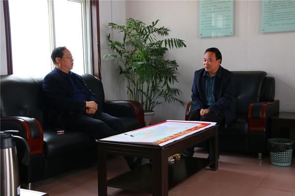 南召县法院:院长带头走访企业 助力优化营商环境
