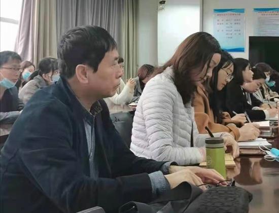 郑州市青少年诗书画学会第二届理事会换届大会筹备会成功举办