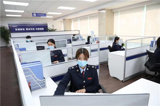郑州税务启动第30个全国税收宣传月 网媒大V点赞便民办税新举措