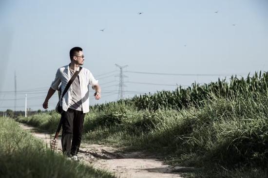 杨明毅创作新歌发布 《黄河》传递厚重黄河文明
