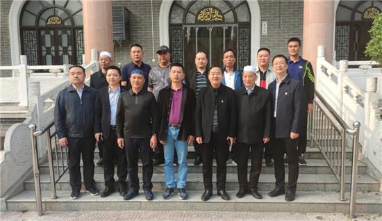 三亚市天涯区委统战部调研组到郑州市管城区调研