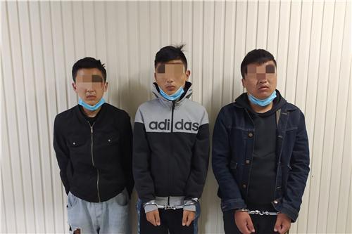 """3名四川籍男子组成""""铁三角组合""""行走全国盗窃,到郑州7天就被抓获"""