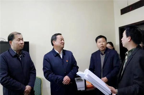 南阳卧龙区委书记高贤信实地督导区政法队伍教育整顿工作