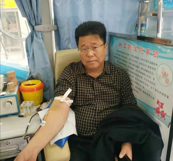 """汝南县王岗镇开展""""学党史 践初心""""无偿献血活动"""