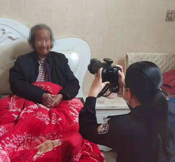 邓州市桑庄派出所:上门办证解民忧 贴心服务暖民心