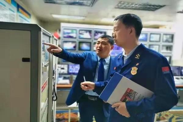 南阳各地全面开展商业综合体专家团队技术服务
