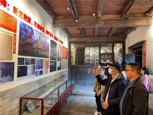 九三学社河南省科学院化学所支社赴焦作开展政治学习活动
