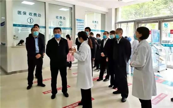杨福平到郑州市金水区调研新冠疫苗接种工作