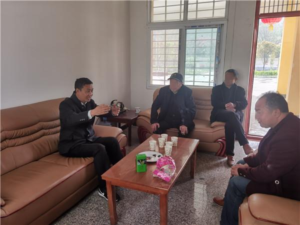 河南西峡:七旬老人服判息诉的背后