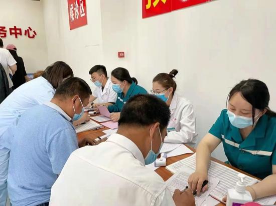 红色疫苗接种点 学习党史健身心——郑州高新区石佛办事处党工委推进疫苗接种与党史学习同频共振