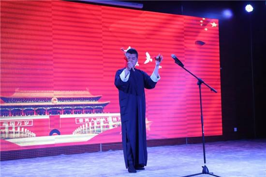 金水区文化绿城小学走进河南省少年儿童图书馆开展学党史研学活动