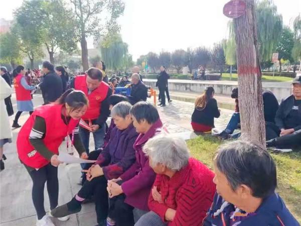 """南阳全市18支消防志愿者服务队开展消防安全""""敲门宣传""""活动"""