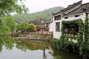 信阳新县:昔日古村落 今日打卡地