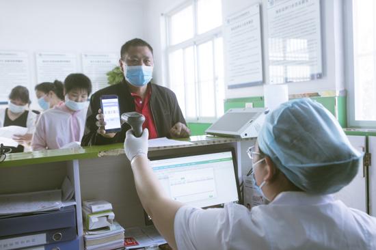 宝丰县卫健委高效有序推进新冠疫苗接种工作