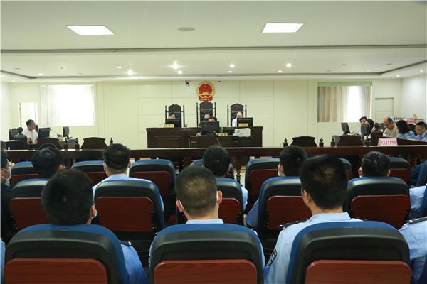"""镇平县法院审理""""民告官""""案 行政首长出庭应诉共推法治建设"""