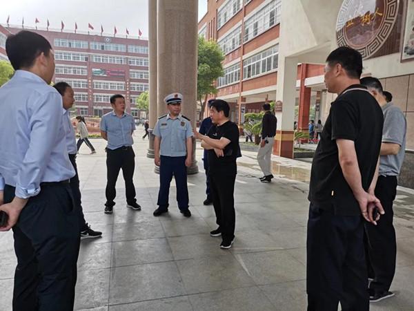 南阳消防支队全力做好中招考试消防安保工作
