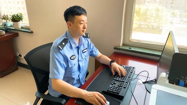 网警陈萧――最好的时光是当警服穿在身上