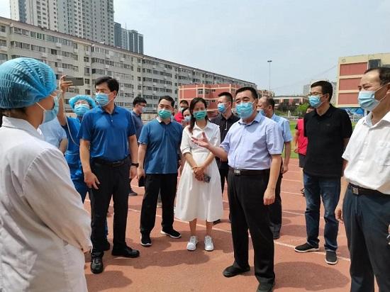 杨福平调研督导新冠肺炎疫苗接种工作