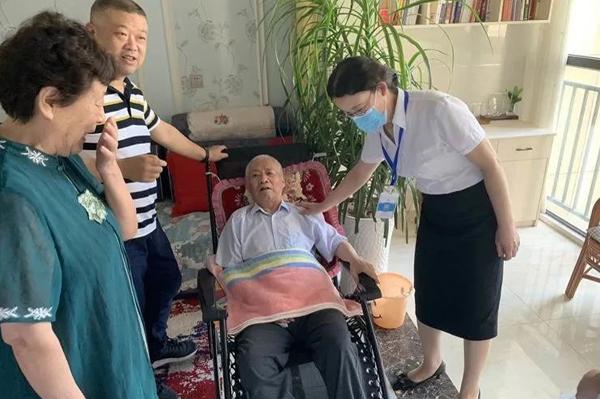 邓州市中心医院:把健康送到老百姓家门口