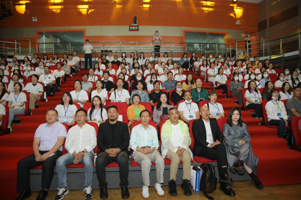 首届河南广电少儿艺术培训行业创新发展峰会成功举办