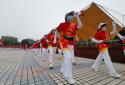 唱红歌、健步走,河南太康这家企业以这种方式喜迎国庆
