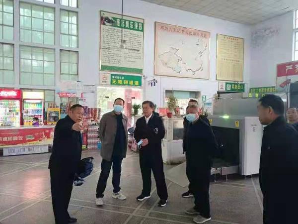 河南省交通厅副厅长吴孔军莅临邓州督导检查交通运输执法工作